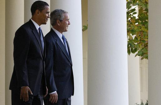 President_George_W._Bush_with_Barack_Obama